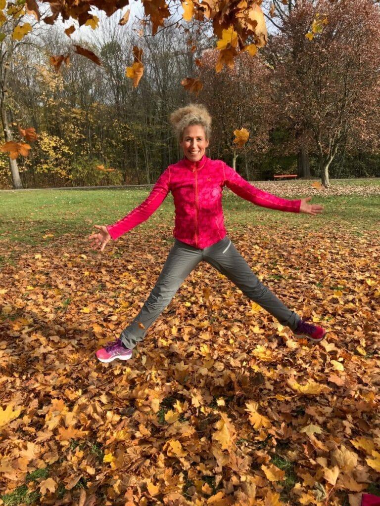 Få en fin høst med enkle coaching tips fra hoppende glad coach Vibeke