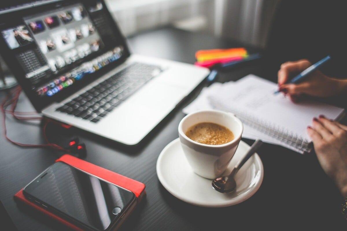 drink, coffee, work-864958.jpg